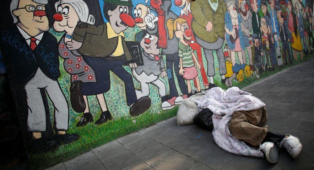 Un persona en situación de calle en México durante la pandemia de COVID-19