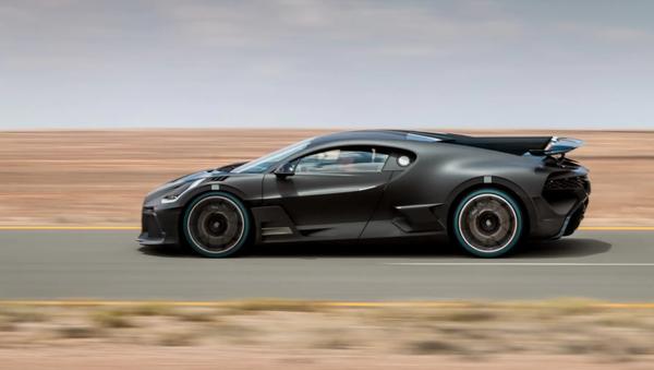 El nuevo modelo Divo desarrollado por el fabricante de automóviles Bugatti - Sputnik Mundo