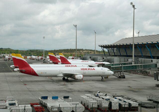 Aviones aparcados en el aeropuerto de Madrid-Barajas Adolfo Suárez