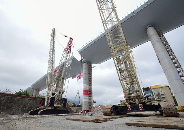 La construcción del nuevo puente en Génova