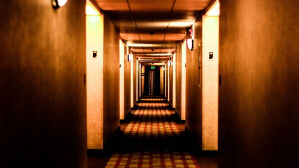 Hotel. Motel. Pasillo. Imagen referencial - Sputnik Mundo
