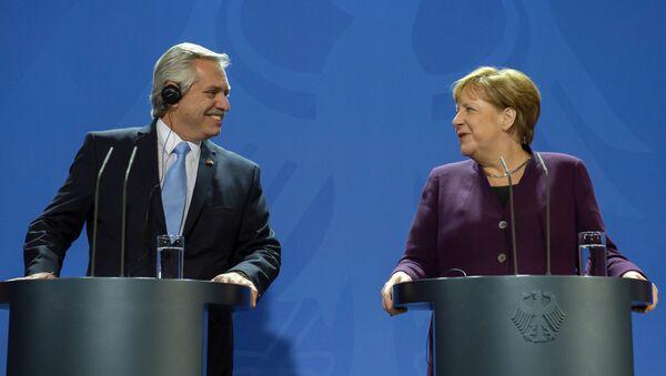 El presidente de Argentina, Alberto Fernández y la canciller alemana, Angela Merkel - Sputnik Mundo