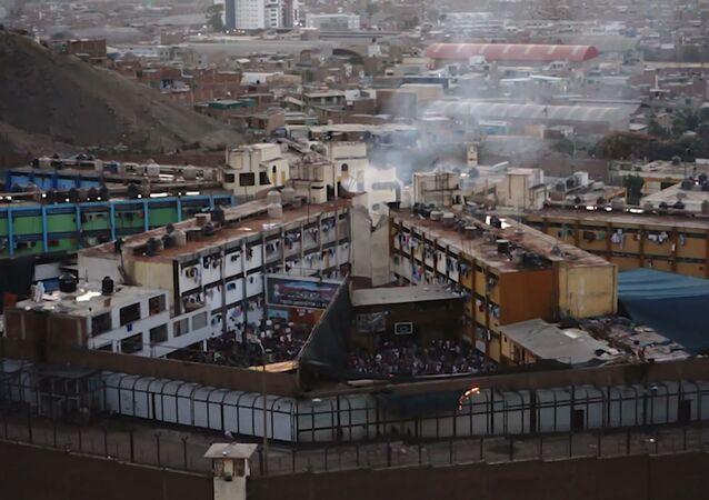 Un motín en una prisión peruana deja varios muertos