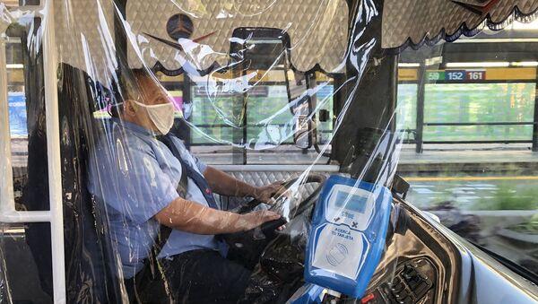 Conductor de autobús en Buenos Aires, Argentina - Sputnik Mundo