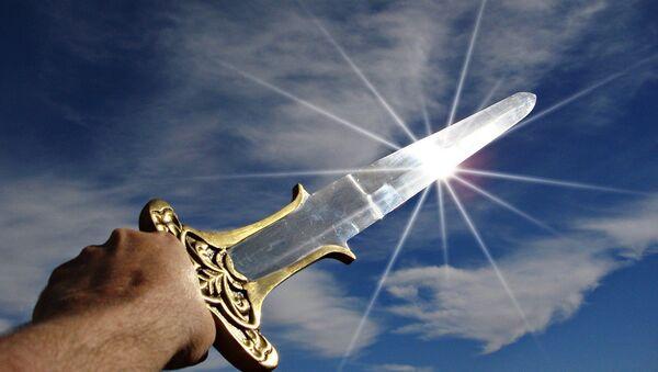 Una espada (imagen referencial) - Sputnik Mundo