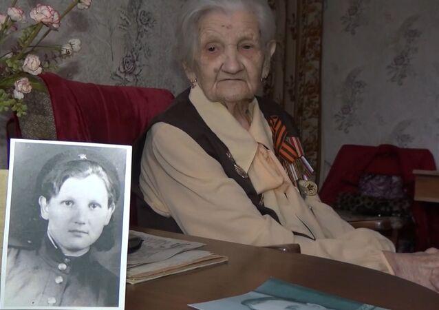 Ekaterina Gúseva, veterana de la Gran Guerra Patria, la guerra soviética contra el régimen nazi de 1941-1945