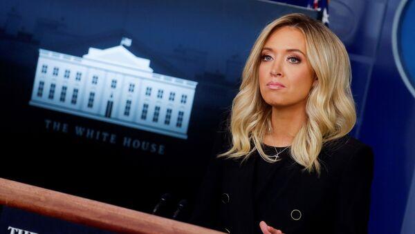 Kayleigh McEnany, la portavoz de la Casa Blanca - Sputnik Mundo