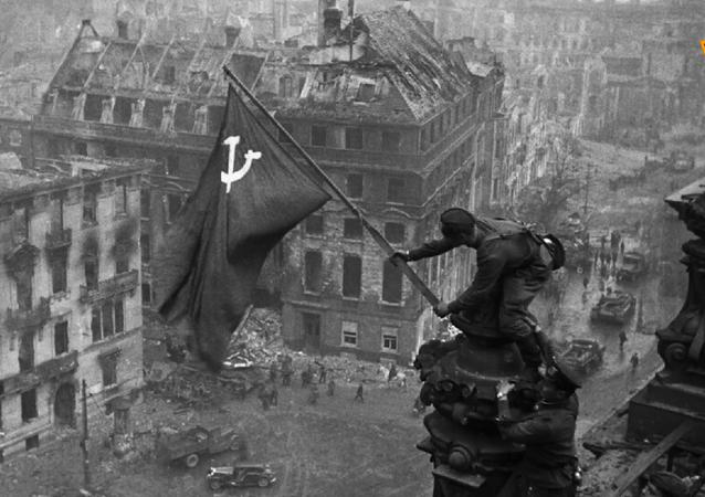 Hace 75 años, la bandera soviética se erigió sobre el Reichstag
