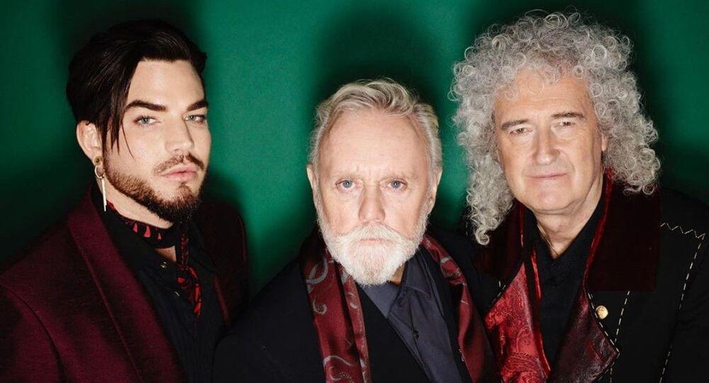 Adam Lambert junto a los integrantes de Queen