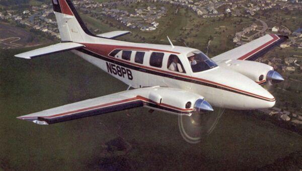 Avioneta Beechcraft Baron 55 (referencial) - Sputnik Mundo
