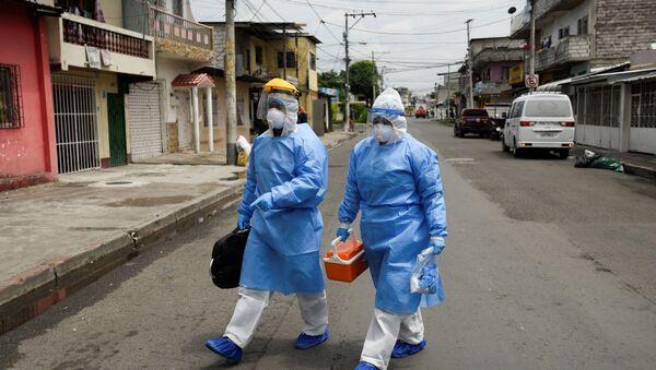 Médicos en Guayaquil, Ecuador - Sputnik Mundo