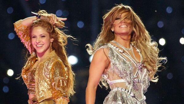 Shakira y JLo, foto de archivo - Sputnik Mundo