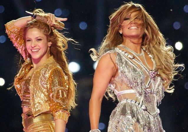 Shakira y JLo, foto de archivo