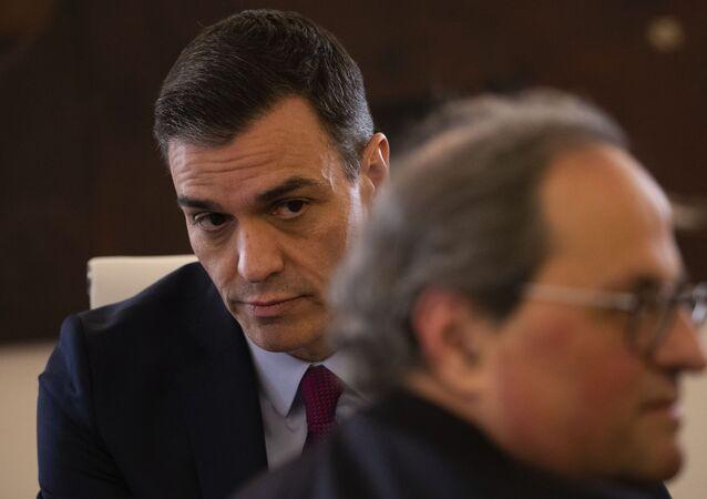 El presidente del Gobierno español, Pedro Sánchez, y el presidente del Govern catalán, Quim Torra