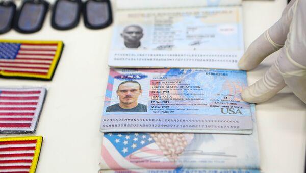 Documentos de identidad de los mercenarios detenidos en Venezuela - Sputnik Mundo