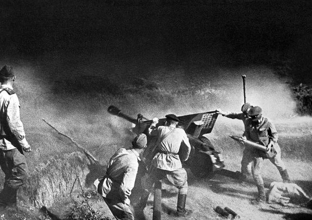 Tragedia y heroísmo del pueblo de la URSS en las imágenes de la Segunda Guerra Mundial