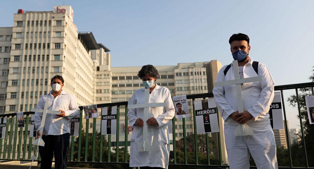 El personal médico en Brasil durante la epidemia de coronavirus
