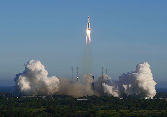 El lanzamiento de Chang Zheng 5B