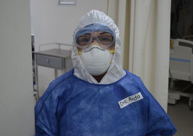 Aida Cruz Pacheco, doctora