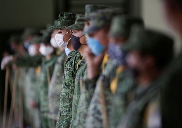 Militares mexicanos durante la pandemia de COVID-19