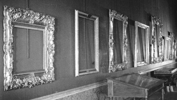 Evacuación de las obras de arte de un museo durante la Gran Guerra Patria - Sputnik Mundo