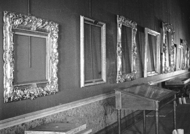 Evacuación de las obras de arte de un museo durante la Gran Guerra Patria