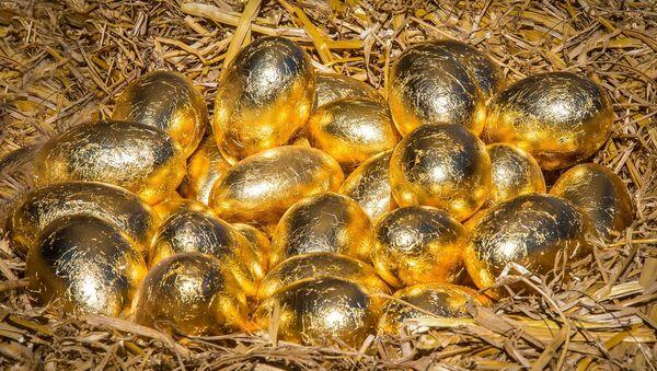 Los huevos dorados (imagen referencial) - Sputnik Mundo