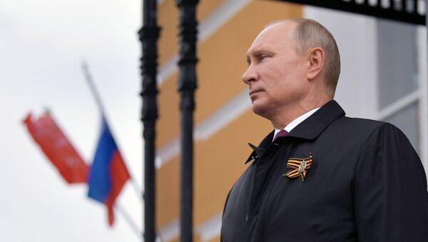 Vladímir Putin, presidente de Rusia, el 9 de mayo de 2020 - Sputnik Mundo