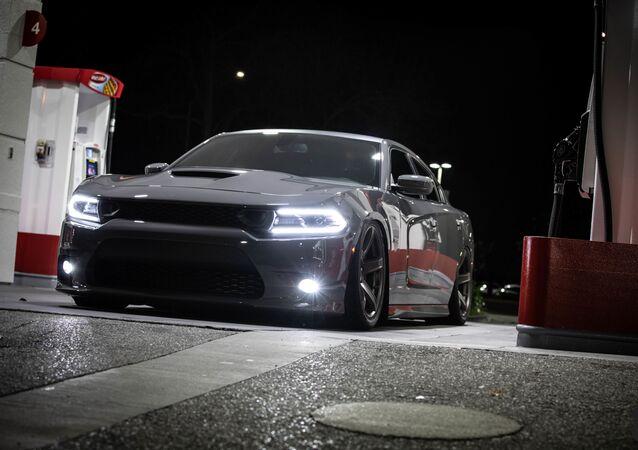 Un Dodge Charger Hellcat