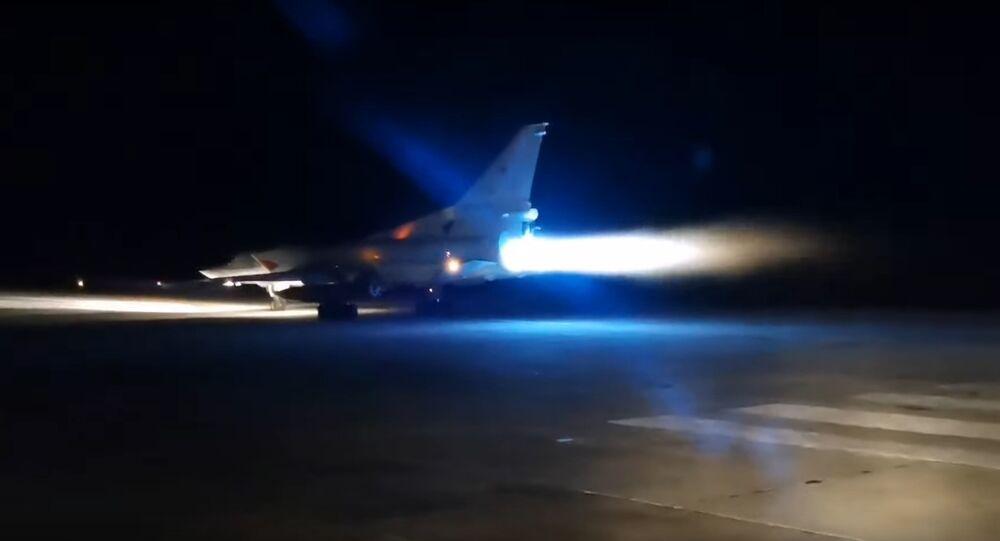 Despegue de un bombardero Tu-22M3