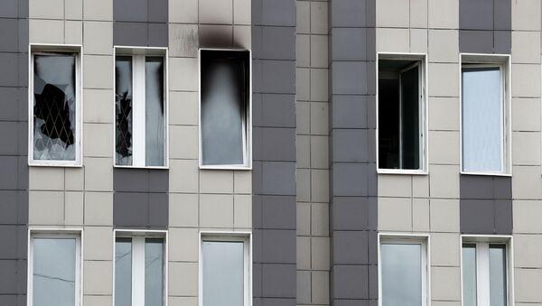 El incendio en el hospital de San Jorge en San Petersburgo - Sputnik Mundo