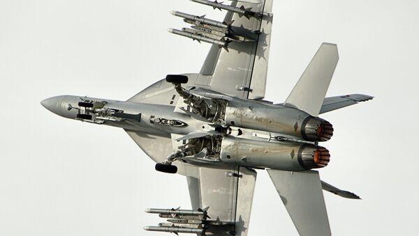 Un caza F/A-18, foto de archivo - Sputnik Mundo