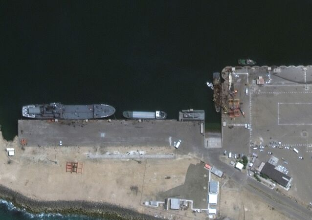Imágenes satelitales del buque de soporte ligero Konarak del Ejército iraní