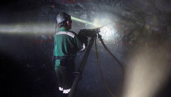 Trabajador de una minería (imágen referencial) - Sputnik Mundo
