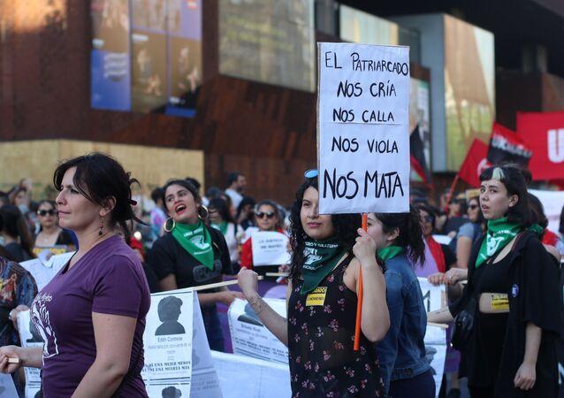 Protesta contra violencia de género en Chile