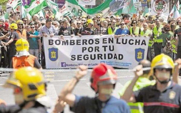 Marcha Bomberos de Málaga - Sputnik Mundo
