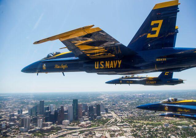 Un vuelo de Blue Angels, el escuadrón aéreo de la Armada de EEUU (archivo)