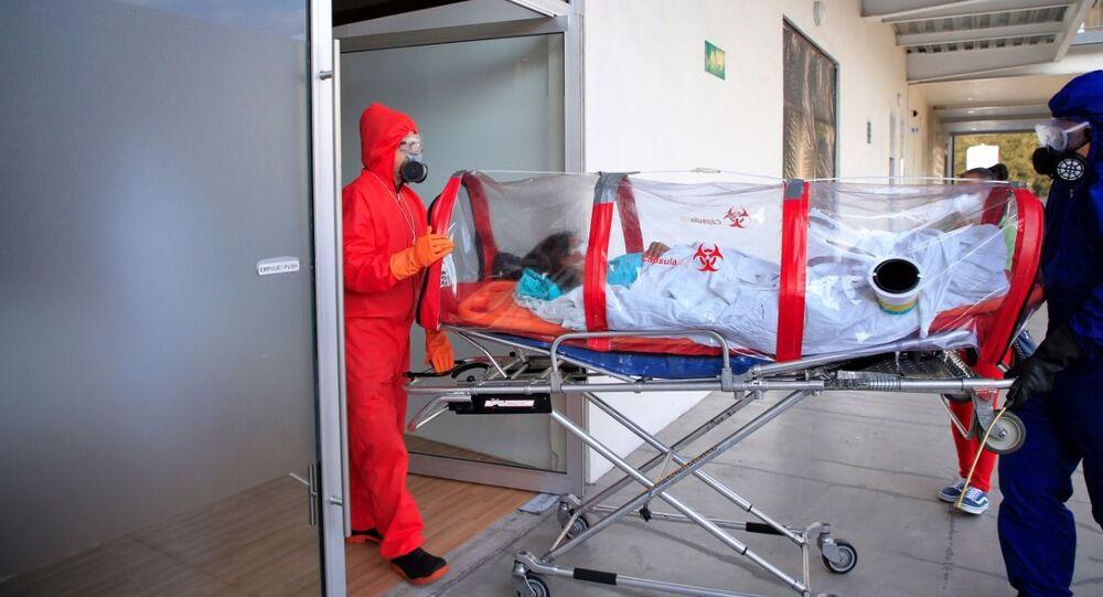 El Hospital de expansión Autódromo Hermanos Rodríguez en Ciudad de México durante la pandemia de COVID-19