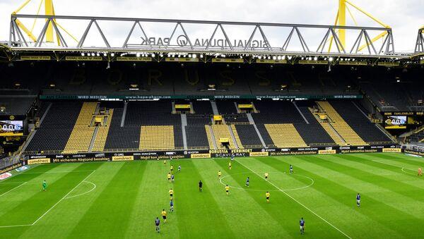 Partido entre Dortmund y Schalke de la Bundeliga, Alemania - Sputnik Mundo