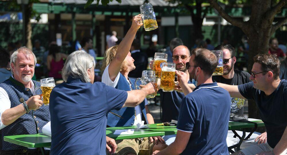 Múnich reabre sus cervecerías al aire libre