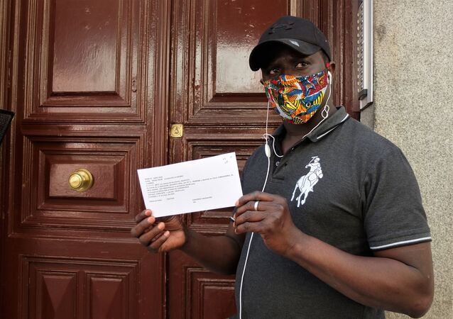 Moussa Diop, voluntario del Sindicato de Manteros de Madrid