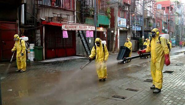 La Villa 31 de Buenos Aires organiza su propia 'brigada de desinfección' - Sputnik Mundo