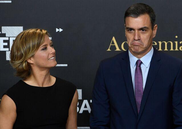 La periodista María Casado y el presidente Pedro Sánchez