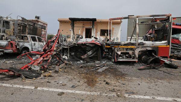 Un lugar de explosión en Trípoli - Sputnik Mundo