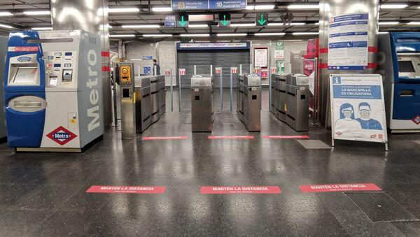 Metro de Madrid se prepara para la desescalada - Sputnik Mundo