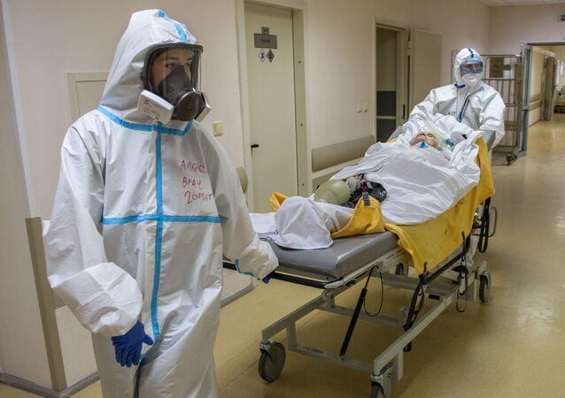 Transportación de un paciente con coronavirus