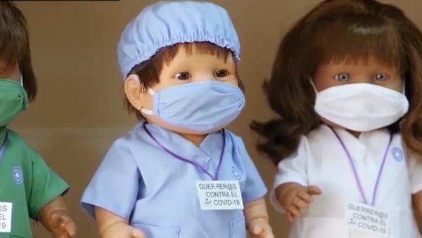 Brillindolls: así son los muñecos antivirus y benéficos españoles - Sputnik Mundo