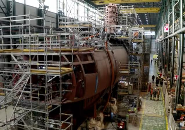 Submarino S-80 en construcción