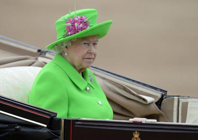 Isabell II, reina de Reino Unido