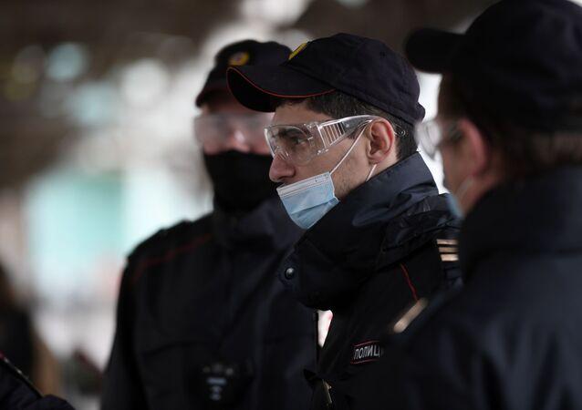 Policías rusos